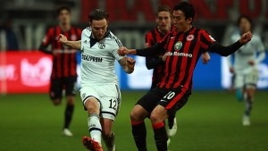 sge_s04_hasebe_hoeger_zweikampf_628